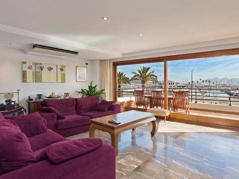 PTP11368 Luxurious duplex with views over the port and bay on the seafront in Puerto Pollensa