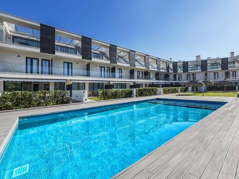 PTP11541DUP Modern apartments in a residential complex a few meters away from the beach, Puerto Pollensa