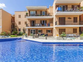 Top floor apartment in a complex within easy walking distance to the beach in Puerto Pollensa