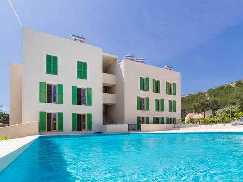 PTP11692RM Recently finished modern apartment with community pool in Puerto Pollensa