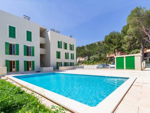 PTP11693 Modern apartment in a development with community pool being built in Puerto Pollensa