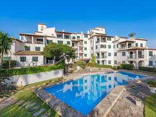 Four bedroom frontline duplex apartment just 300m from the sea in Puerto Pollensa