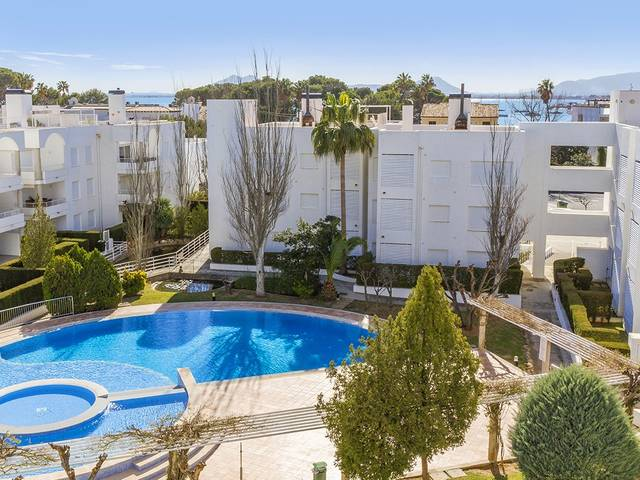 Three bed apartment within walking distance to the beach in Puerto Pollensa