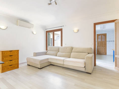 PTP11787 Smart 4 bedroom apartment with private terrace in Puerto Pollensa