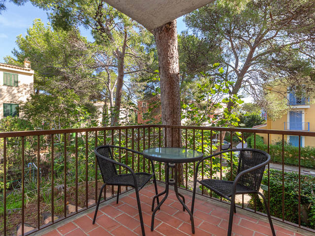 Attractive first floor apartment with terrace in a peaceful area of Puerto Pollensa
