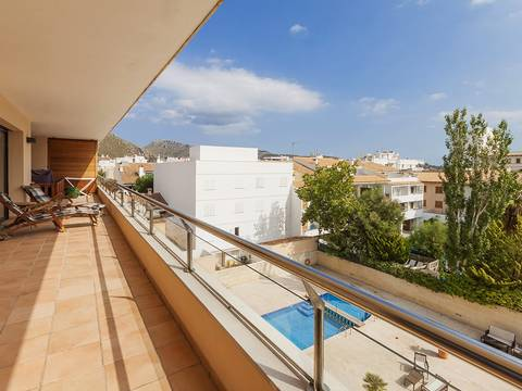 PTP1VOP1035_RM Beautifully appointed apartment near the beach and all amenities in Puerto Pollensa