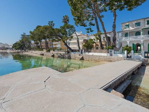 PTP20216PTP1 Seafront ground floor with gorgeous views of the sunset in Puerto Pollensa
