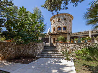 Stunning Villa for sale with lots of character and large pool in Puerto Pollensa