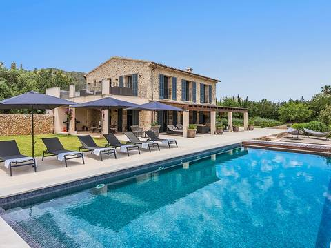 PTP40178POL5 Outstanding country villa with holiday rental license between Pollensa and Puerto Pollensa