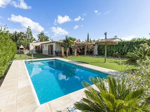 PTP40237 Attractive house with rental license on the immediate outskirts of Puerto Pollensa