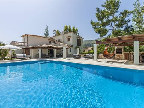PTP40272 Excellent investment villa with pool and lovely garden near Puerto Pollensa