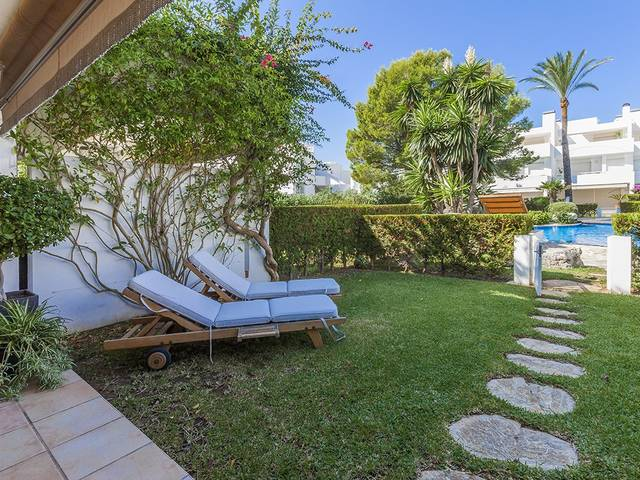 Townhouse with garden and communal pool in Bellresguard, Puerto de Pollença