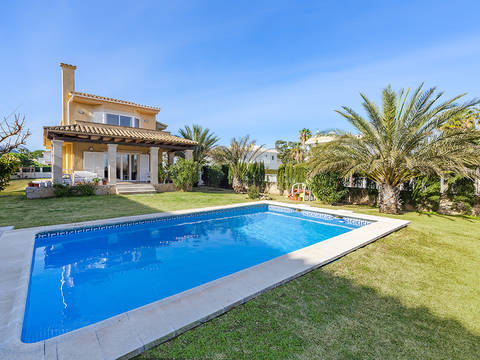 PTP4196 Amazing second line villa with pool near the lovely beach in Puerto Pollensa