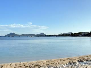 Investment: Building with project in prime location of Puerto Pollensa, needs refurbishment