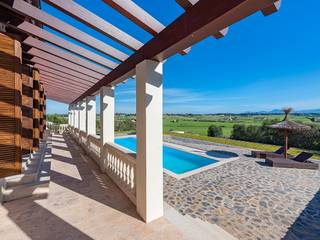 Country home on a huge plot with marvellous views of Santa Margalida
