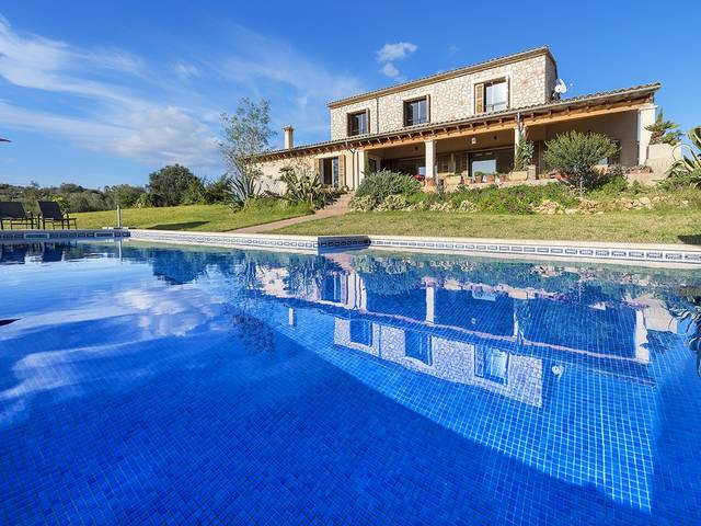 Impressive stone villa with panoramic views on the outskirts of the village Santa Margarita