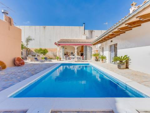 SAP20231ETV Wonderful house with pool, close to the train station in Sa Pobla town