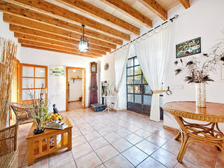 Fantastic 5 bedroom house with mature garden in Sóller