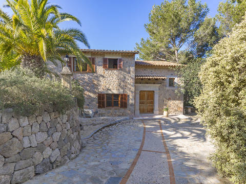 SOL52623 Delightful stone villa located between the town and port in Sóller