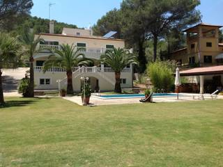 VILLA IN SON QUINT-NEXT TO THE GOLF COURSE