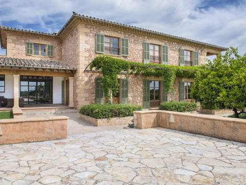 STM50031 Magnificent country estate with stone façade in a sought-after area of Santa Maria