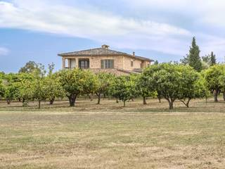 Magnificent country estate with stone façade in a sought-after area of Santa Maria