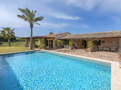 STM52646 Idyllic rustic finca on a large plot in Santa Maria