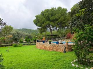Gorgeous Villa for sale in Bendinat with a wonderful garden