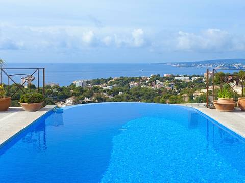 SWOBEN4457 Beautiful house for sale in Beninat with amazing sea views