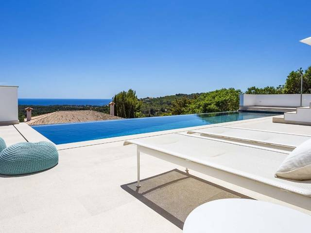 Contemporary reformed villa with pool, sunny terraces and sea views in Bendinat