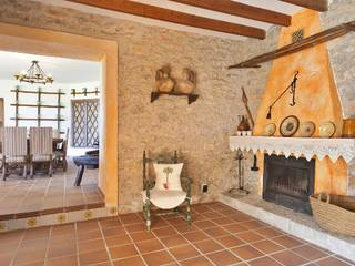 Traditional country property in Binissalem with absolute privacy and lovely mountain views