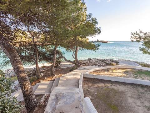 SWOCAD1795 Excellent investment property in Cala d'Or in the southeast of Majorca