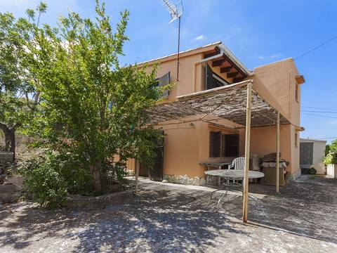 SWOCAL2076 Lovely semi-detached house for sale in Calvia