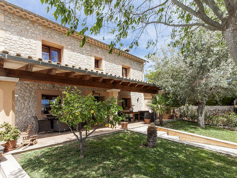 SWOCAL4454 Beautiful country house for sale in Calvia with private pool