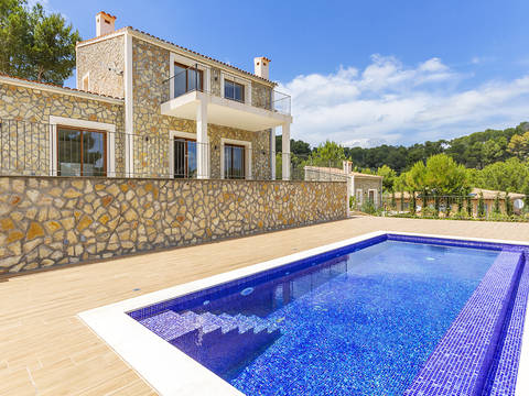 SWOCAL5119 Beautiful rustic style home located in a privileged area of Calvià