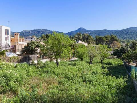 SWOCAP0103 Urban plot for sale in the beautiful village of Es Capdella