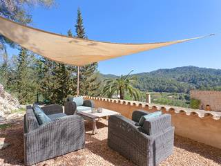Wonderful home for sale with fantastic views in Es Capdellá