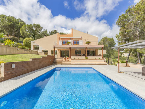 SWOCAS40196 Villa with large garden, pool, jacuzzi and sea views in Cas Catala