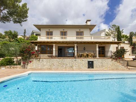 SWOCAS4481 Majorcan villa for sale in Cas Catalá set on a nearly flat plot and situated in a quiet location