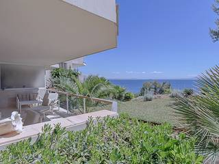 Wonderful 3 bedroom apartment with views of the sea in Cala Vinyas