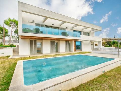 SWOCAV4021 Contemporary villa with mountain views in Cala Vinyes