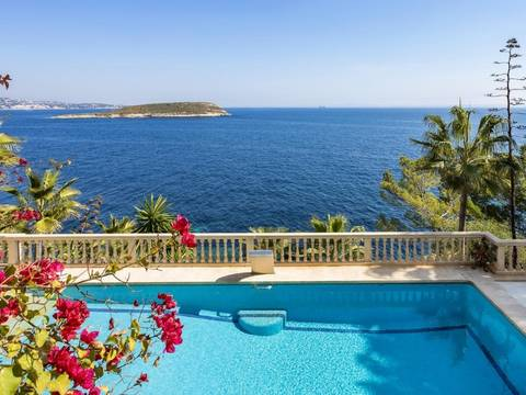 SWOCAV4937RM Luxury villa with private pool, roof terrace and direct sea access in Cala Vinyes
