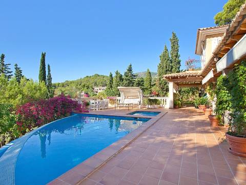 SWOCDB4530 Sea view villa for sale near yachting harbour in Costa den Blanes