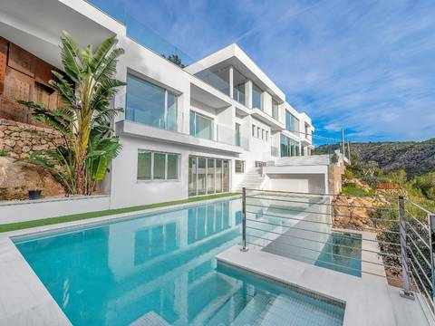 SWOCDB4575 Luxury Villa in Costa d´en Blanes with extraordinary view to the stunning Mediterranean