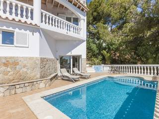 Charming villa with fantastic sea views nestled on the hills of Costa d''en Blanes