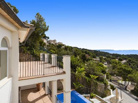 SWOCDB4732 Villa with stunning views of the bay of Palma in the prestigious residential area of Costa d'en Blanes