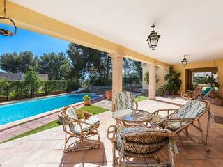 Villa with potential and beautiful outdoor space in Costa de'n Blanes