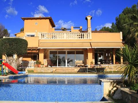SWOCDC4391 Nice and cozy south-west facing villa for sale in Costa de la Calma