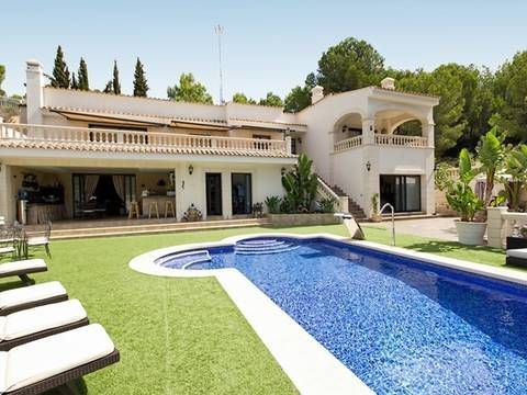 SWOCDC4424 Fantastic villa with much privacy for sale in Costa de la Calma