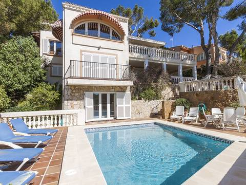 SWOCDC4713 Mediterranean villa with sea views in quiet residential area